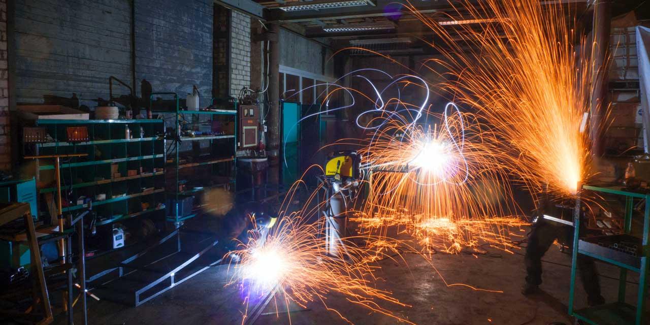 welding-long-exposure-sparks